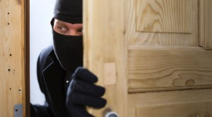 burglary-crime-burglar-opening-a-door-1038x576